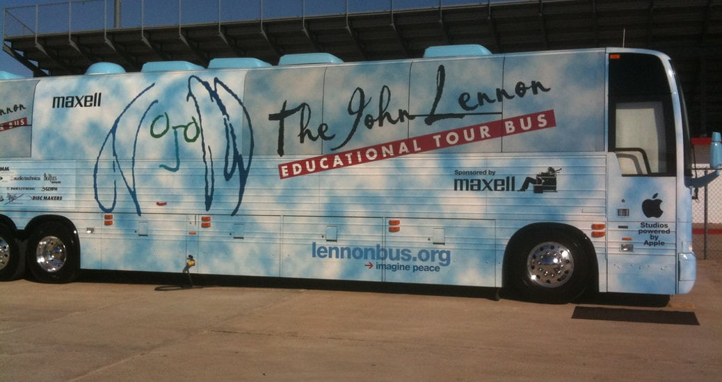 lennon educational tour bus italia