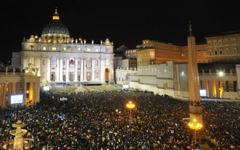 roma_piazza_san_pietro_nuovo_papa_getty_05[1]