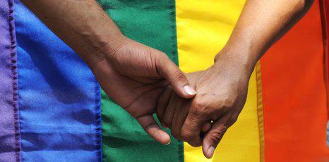 gay-mano[1]