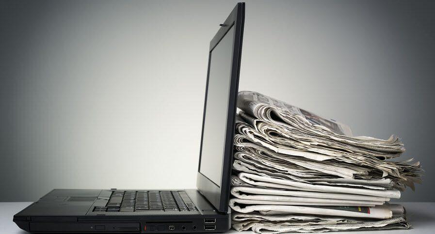 giornalismo cartaceo contro giornalismo digitale
